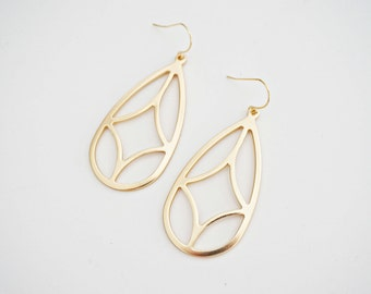Matte Gold Geometric Pendant Earrings