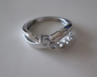 New sterling silver 925 Clear gemstone Band Ring, size 7