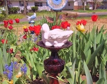 Garden Totem, garden art, garden statue, Swan totem, garden decor,Totem birdfeeder,Ruby Glass, repurposed glass, ceramic, upcycled, glass,