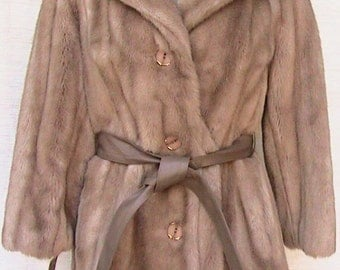 Small/Medium Fur Coat with buttons, tie leather belt and full collar