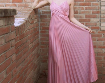 1970's evening/formal gown pale pink with detachable shawl, grecian style, size small/x-small