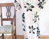 Kimono/Abaya/Kaftan in floral fabric- light pink floral Abaya- Soft Kaftan open front with flowers