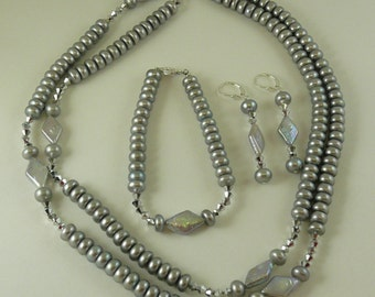 Freshwater Gray Pearl Necklace, Earring and Bracelet with Crystal Set in Silver