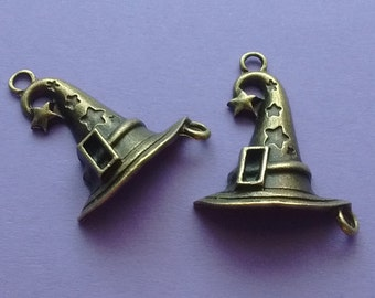 5 Wizard Hat Charms - Witch Hat Charm - Magician Hat Charm - Bronze - CS2323