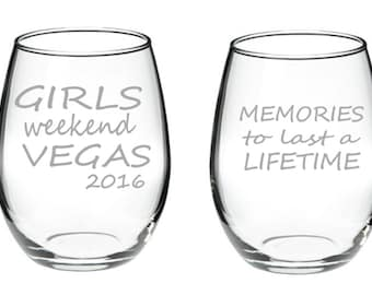Girls Weekend Glasses, Etched Wine Glasses, Vacation, Girls Trip, Girlfriends, Girlfriends Weekend, Girlfriend Get Away, Friend Gift, Friend