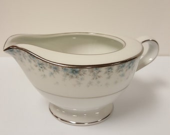 Vintage China - Creamer Bowl in Kathleen #6722 by Noritake