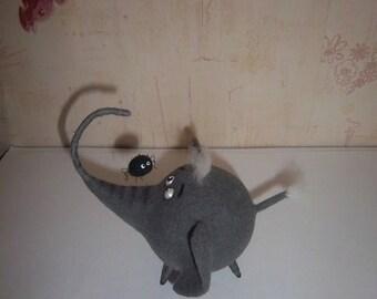 Elephant.Elephant toy.Grey elephant.Startled elephant.Toy is made of wool.Felt needle.Needle for wool.Felt.Handmade.Made of wool.Feliziani.