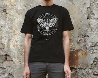 Moth geometric  T-shirt Screenprinted Men T-shirt Unisex T-shirt