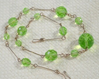 Art Deco Necklace Light Green Multifaceted Crystals on Rolled Gold Chain Link Wire - Vintage 1930s - Gift Boxed