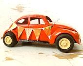 Orange Cream Hippie LOVE BUG- Vintage Tonka Volkswagen VW Bug Beetle, With A Handmade Fabric Bunting BanneR