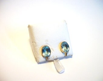 Gold Faceted Crystal Blue Old Style Charm Screwback Earrings Curtis Creations Designer Vintage Jewelry for Women