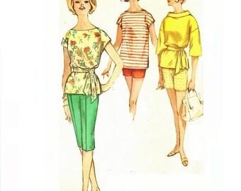 1960s Tunic Top Pattern, Bermuda Shorts Pattern, Pedal Pusher Pattern, Bust 30, Size 10, Simplicity 3980, Vintage Sewing Pattern