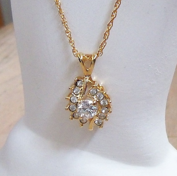zircon gemstone pendant necklace vintage wedding bridal