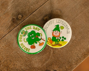 Vintage Irish St Patricks Day Pin-Back Buttons - 2 Buttons