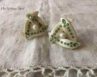 Vintage 1960's Green/Pearl Clip Earrings, 60's Plastic Earrings, Mod , Retro, Mad Men