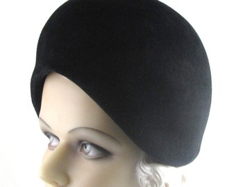 Art Deco 1930s Meet Me at Studio A Black Velour Fur Felt Globe Hat This is a Custom Order