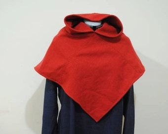 Hand stitched wool hood - based on Skjoldehamn pattern