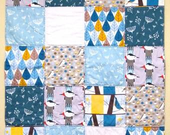 Baby quilt birds, crib quilt birds, crib bedding blue, modern quilt, nursery bedding, baby boy nursery, blue baby quilt, grey baby quilt