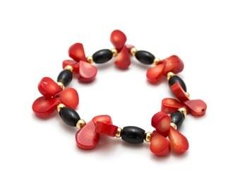 Onyx Coral Bracelet/ Red Teardrop Jewelry/ Red Drop Bracelet/ Onyx Coral Jewelry/ Black Red Bracelet