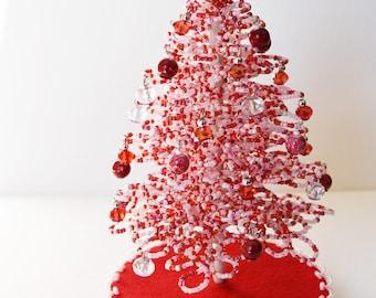 Toll Miniature Valentine Tree, Beaded Tree, Valentines Gift, Tabletop Valentines  Tree, Valentines Day
