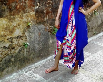 Bring out the boho vibe in you with this cool bohemian asymmetric dress.