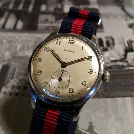 Oriosa Vintage Watch with Subdial. Oriosa WW2 style watch. Vintage watch with subdial. Vintage Oversize 1940's watch. 1940's vintage watch.