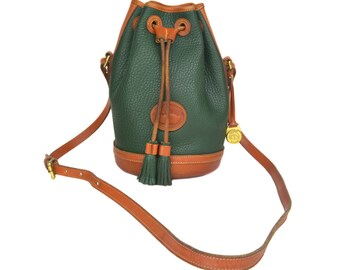 Vintage Dooney & Bourke Bucket Drawstring Bag // Green and Tan All Weather Leather Shoulder Crossbody Purse // Large 1980's DB AWL Bag