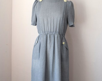 Vintage Dress, Navy and White Houndstooth, Pockets, Elasticated Waist, Shortsleeved, Size UK 8, US 4 Preppy
