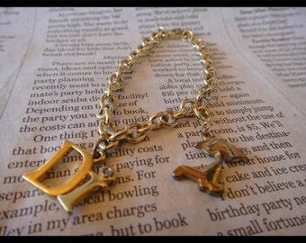 Vintage Beautiful Dangle Bracelet DI Chain Bracelet Dangle Vintage Jewelry