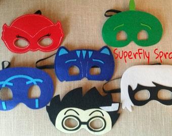 One (1) Superhero Mask!