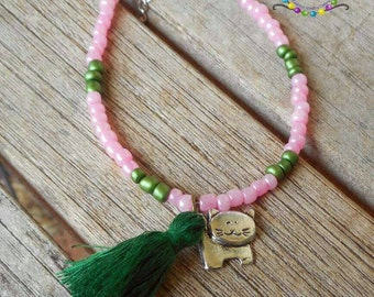 Cat Bracelet Friendship bracelet stackable bracelet Pink Beaded Bracelet Seed bead bracelet Minimalist bracelet Holiday Jewelry