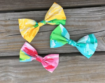 FIRST IMPRESSIONS Lilly Pulitzer Fabric Bow 2 sizes