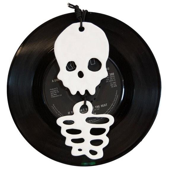 Skull & Ribcage necklace