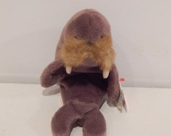 Vintage Ty Beanie Baby Jolly the Walrus Date of Birth December 2, 1996