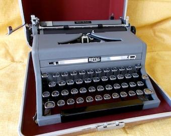 Vintage Royal Quiet Deluxe Portable Typewriter W/ Glass Keys, Case