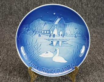 "B&G Copenhagen Collector Plate ""Landsbyjul Christmas In The Village""  C. 1974"