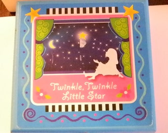 Twinkle Twinkle Little Star Necklace Song In Box