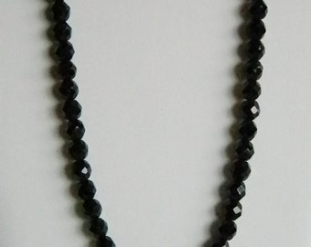 Shiny Black Faceted Beaded Necklace