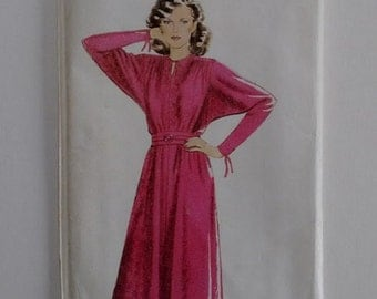 UNCUT Vintage 80's New Look Maudella 6191 Pattern Raglan Dolman Sleeve Belted Dress Sizes Small to Large