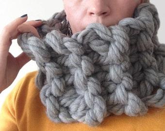 Chunky Knit Scarf - Super Chunky Knit Scarf - Super Bulky Scarf, Chunky Merino Scarf,  Chunky Scarf, 6x28 inches 15X70 cm, Grey Color Scarf