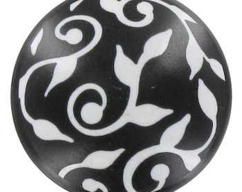 New 6 Black and White Graphic Leaf Print Knobs