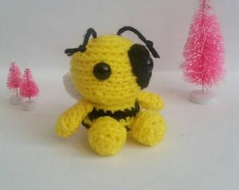 Crochet Bee Mini Amigurumi Bee Mini Pet Stuffed Animal