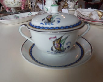 ENGLAND ADDERLEYWARE BOUILLON Cup and Saucer Set with Lid
