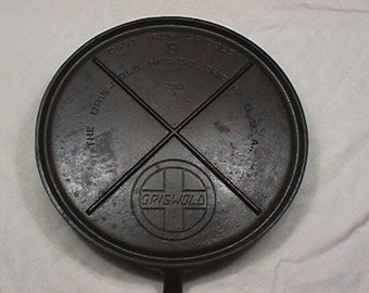 Griswold Cast Iron Griddle Large Slanted Logo No. 9 as-is