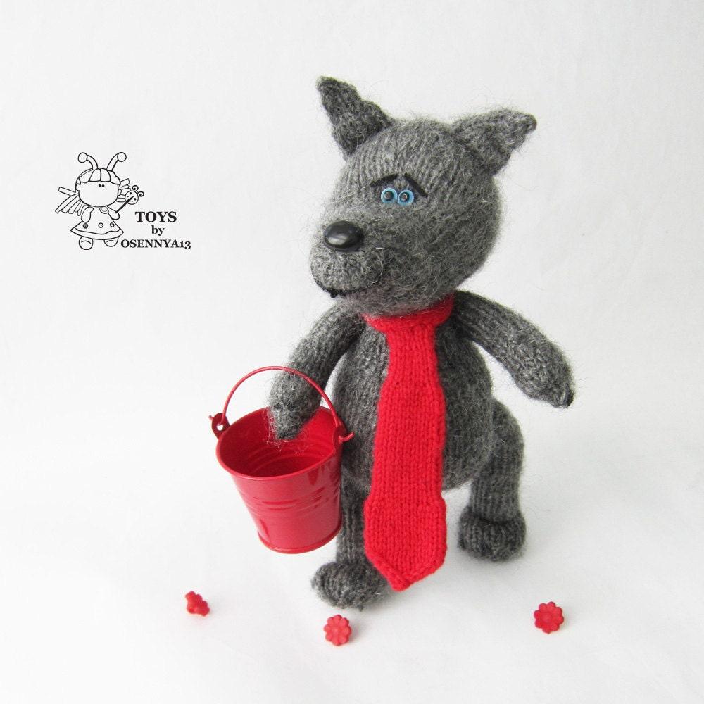 Wolf Knitting Pattern : Wolf toy. Amigurumi wolf. Amigurumi wolf toy. PDF instant