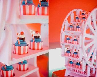 Cupcake Ferris Wheel, 30 cupcakes!