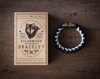 Men's bracelet-women's blue Night-white unisex-Pulsemade Xark Collection-Handmade paracord 550 Bracelet Mens-Womens Midnight Blue-White