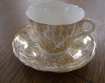 Colclough White Teacup And Saucer Gold Floral Overlay,England Bone China
