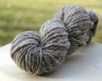 Handspun CVM Wool Yarn - 148 yards, Gray Heather Natural Undyed Color - 100% Wool