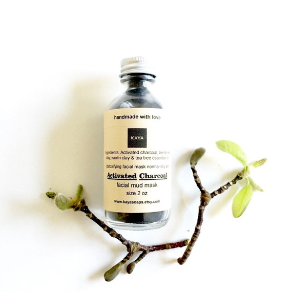 Bentonite Clay And Activated Charcoal Face Mask: Activated Charcoal Detoxifying Clay Face Mask Facial By